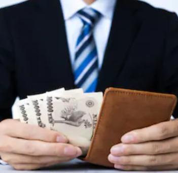 凡人なサラリーマンが副業で3万円をブログで稼いだ方法【実体験と注意点も解説】